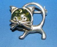 Brooch. Cat - Amber , Silverware