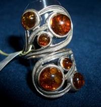 Кольцо. 6 кругленьких камней. Янтарь. Цвет - натуральный - Янтарь , Изделия из серебра