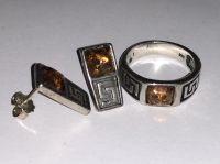 Комплект. Кольцо и серьги с янтарем. Цвет камня - натуральный - Янтарь , Изделия из серебра